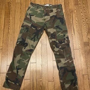 Re/Done cropped cargo pants